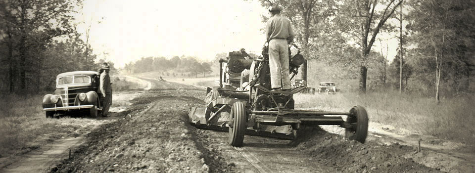 Road construction, Natchez Trace Parkway, Mississippi, 1940.